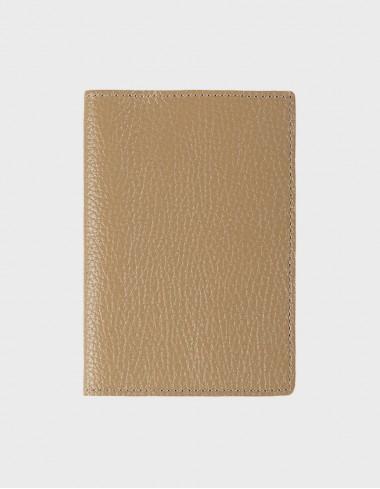 Обложка на паспорт бежевая